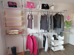 Warenpräsenter Textil, Kleiderregal, Kleiderständer