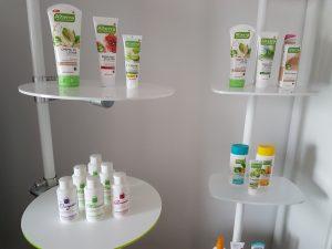 Ladenbau Kosmetik Regalsystem Acrylglas