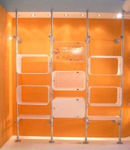 Ladeneinrichtung Regale modernes Regalsystem Acrylglas weiss