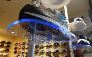 Schuhaufsteller Acrylglas Ladeneinrichtungen