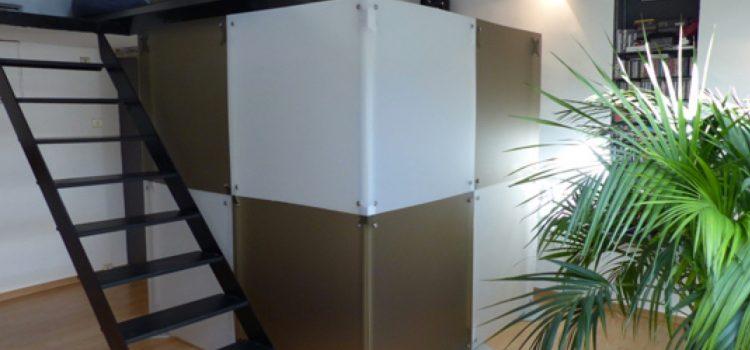 Stellwand zweifarbig Sichtschutz in der Praxis 2 m Höhe