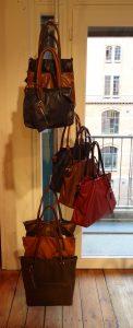 Taschenständer selbststehend Ladeneinrichtung