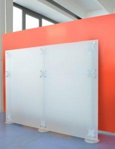Büro Trennwand in 1,50 m Höhe weiss-gefrostet Milchglas Optik