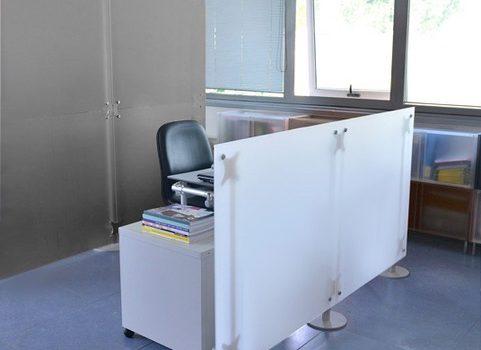 Trennwände Büro 2x2 m und 2x1 m grau und weiss Milchglasoptik