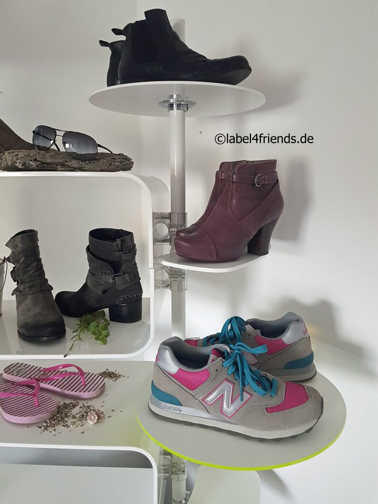 Schuhregale Einzelhandel weiss