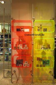 Regalssystem für Spirituosen + Weine in bestehende Ladeneinrichtung integrieren